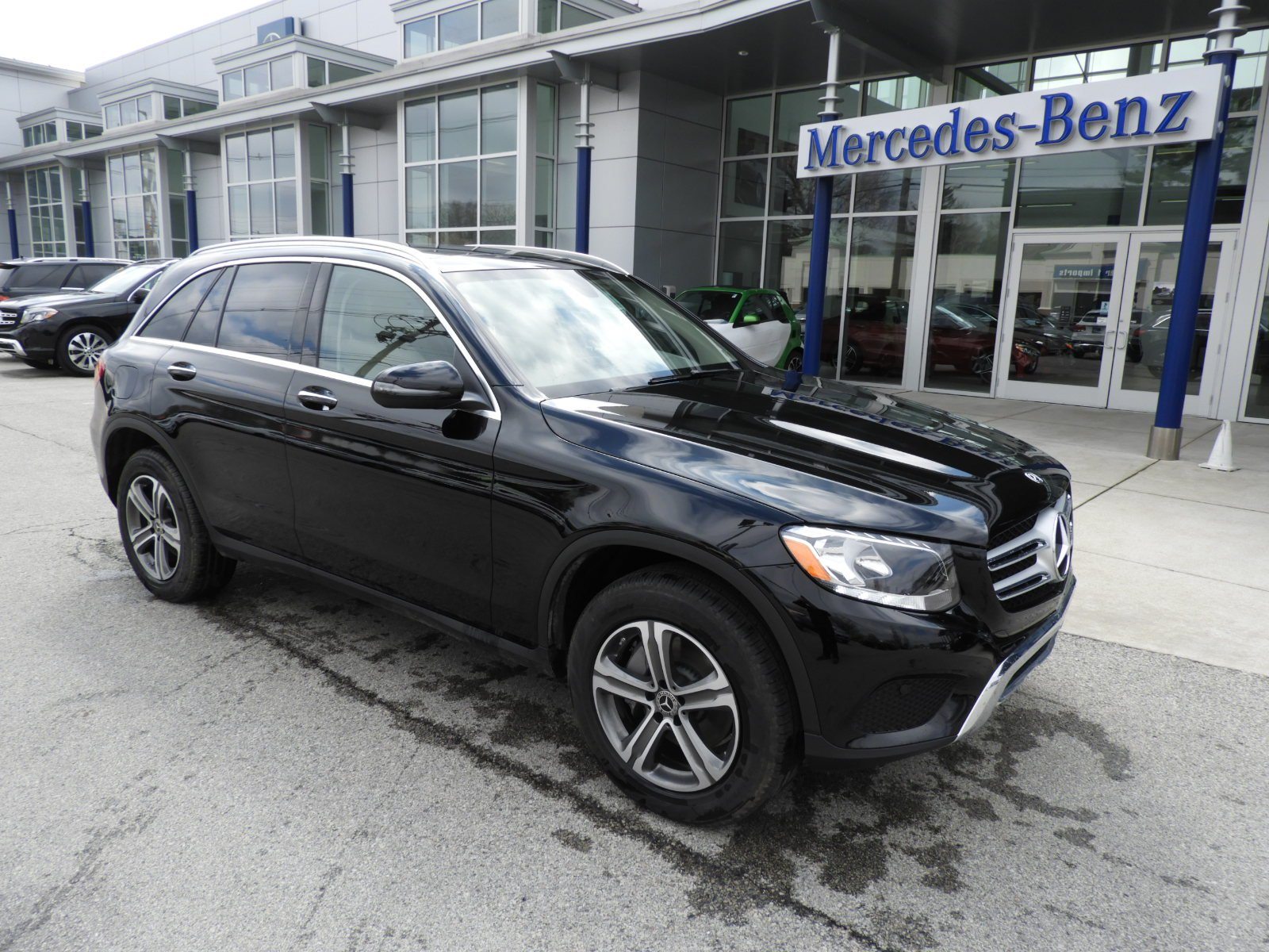 pre owned 2018 mercedes benz glc glc 300 4matic suv sport utility in louisville us11205. Black Bedroom Furniture Sets. Home Design Ideas
