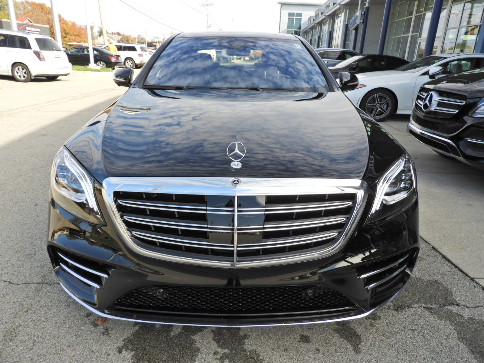 New 2019 Mercedes Benz S Class S 560 4MATIC Sedan 4dr Car in