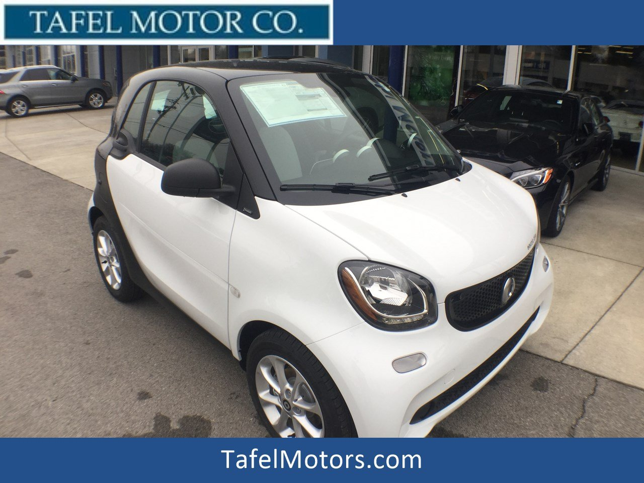 New 2018 smart fortwo Electric Drive Passion Coupe
